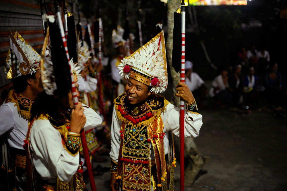 momenta-workshops-2016-travel-documentary-photography-and-multimedia-workshops-bali-indonesia