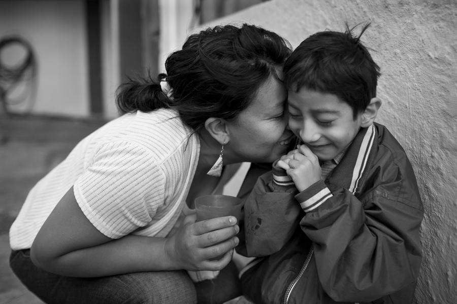 momenta-workshops-photo-workshops-in-documentary-travel-photography-nonprofit-photojournalism-and-multimedia-Uday-Khambadkone-4